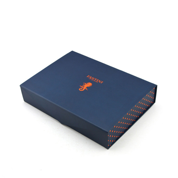 Hot Sales Customized Printed Foldable Paper Magnetic Gift Box For Wedding Dress With Hot Foil Stamping Logo